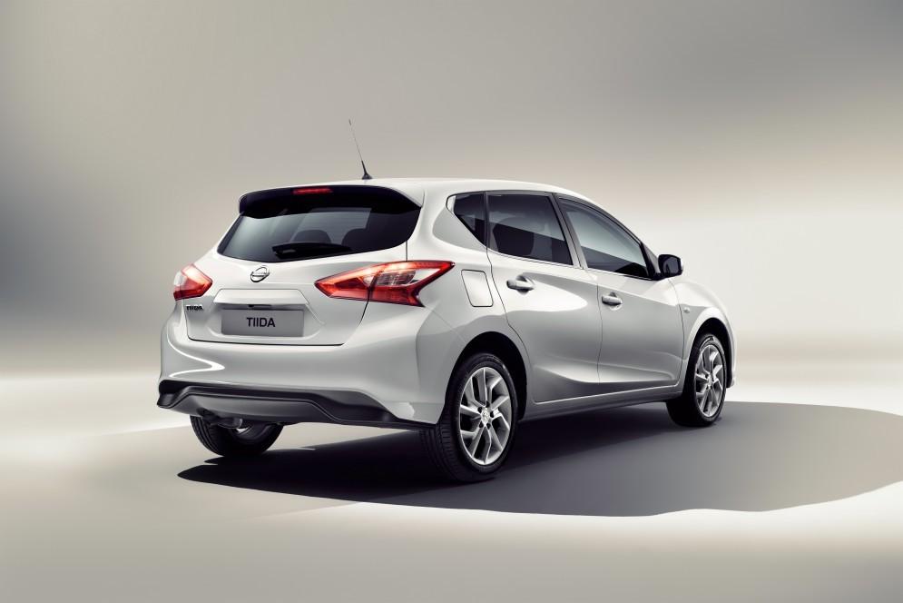 Обновленный хэтчбек Nissan Tiida представили для китайского рынка
