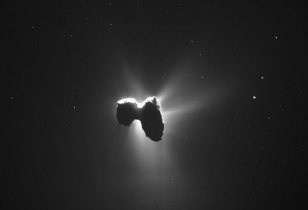 Космический зонд «Розетта» сделал новый снимок кометы Чурюмова—Герасименко