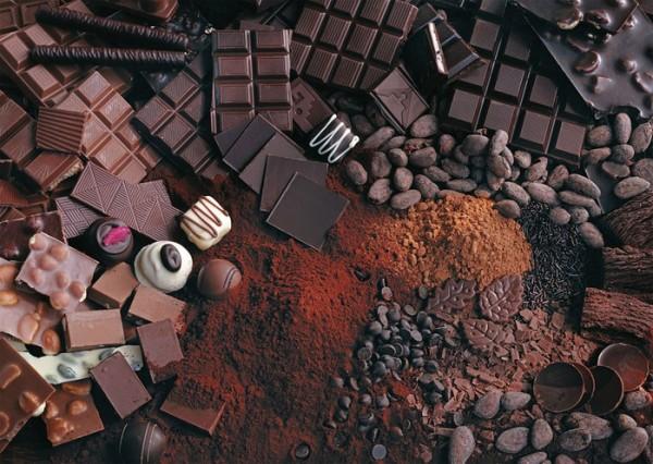 Учёные выяснили, что шоколад невозможно растворить в кислоте
