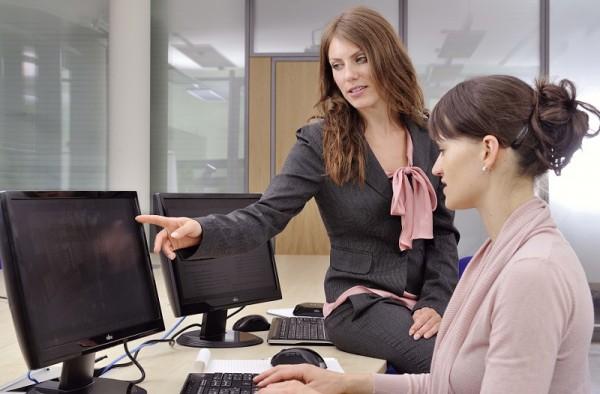 Женщины-управленцы положительно влияют на доходы компании