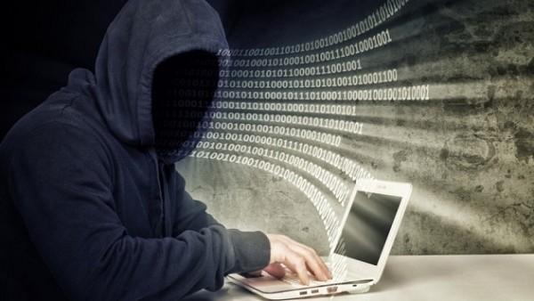 Хакеры смогли взломать корпоративную сеть Facebook