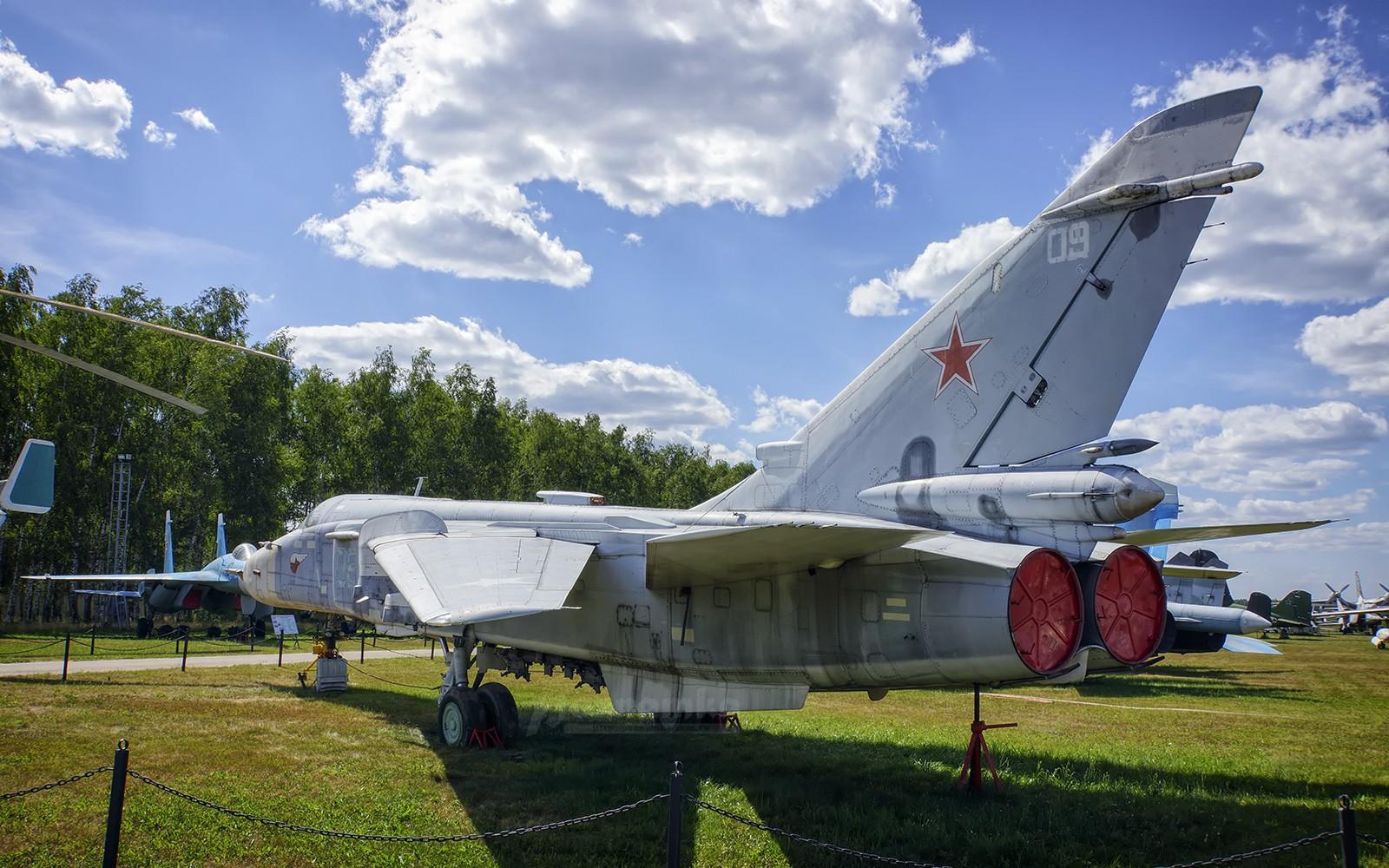 Фото самолетов музея монино 2