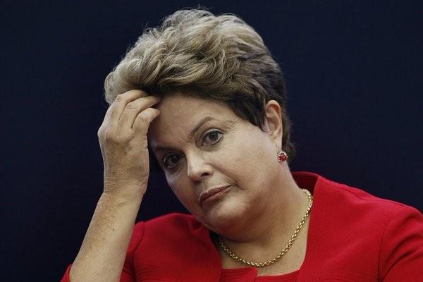 Президента Бразилии Дилму Руссефф отстранили отдолжности на180 дней