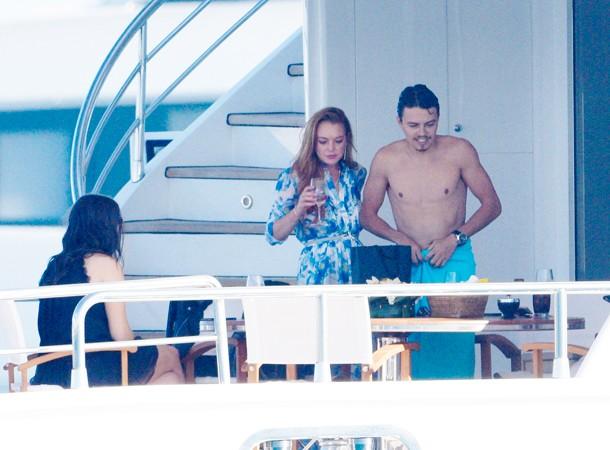 Линдси Лохан в Каннах щеголяет и развлекается со своим русским парнем Егором