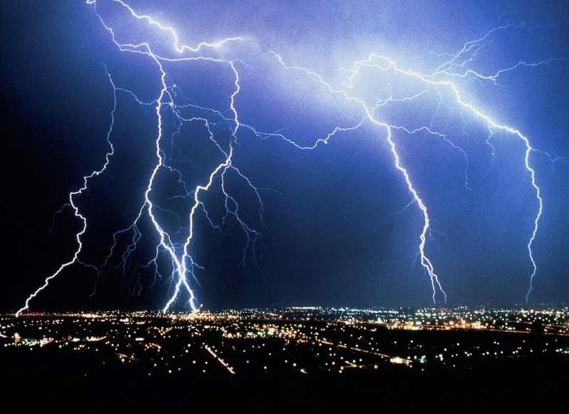 ВГермании иФранции после ударов молний в клиниках оказались 46 человек