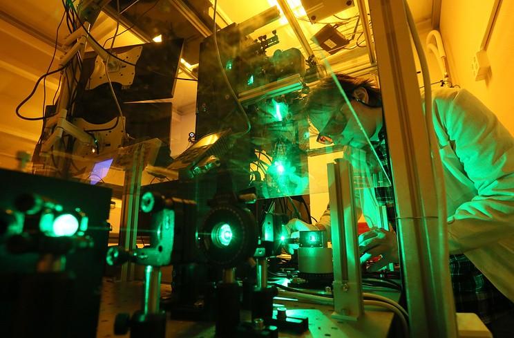 Самая мощная в мире лазерная установка будет запущена в России