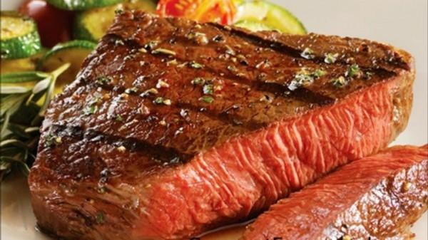 Учёные: Вегетарианцы живут дольше мясоедов на три года