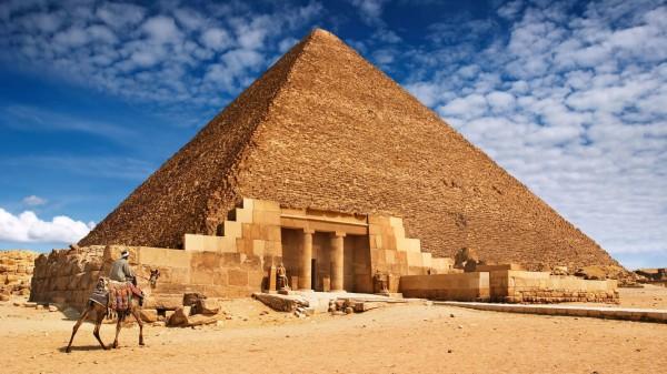В гробнице Тутанхамона запрещены раскопки с целью поиска захоронения Нефертити