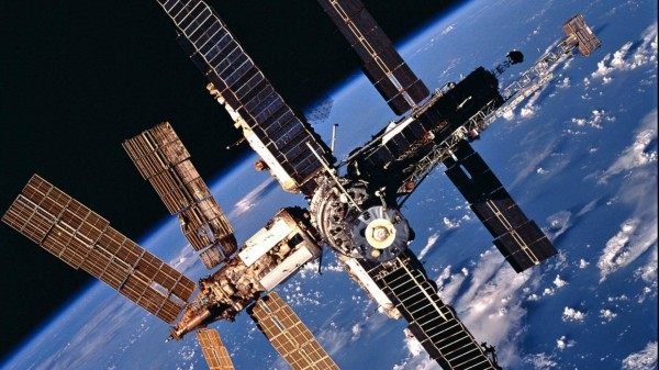 В ЦУП назначили на 8 июня коррекцию орбиты МКС