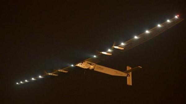 Самолет на солнечных батареях Solar Impulse 2 приземлился на родине братьев Райт, в штате Огайо