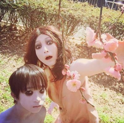 Самый страшный японский призрак завел аккаунт в Instagram
