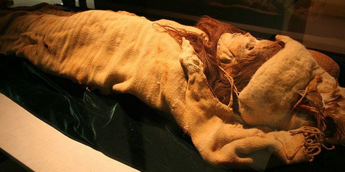 ВЧили найдены три мумии возрастом неменее 900 лет
