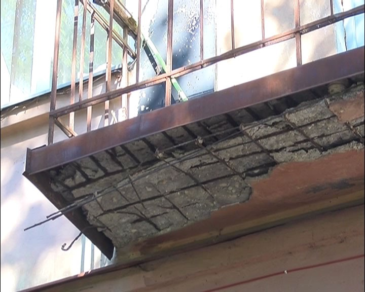 Нижегородский школьник госпитализирован из-за упавшей нанего сдома штукатурки