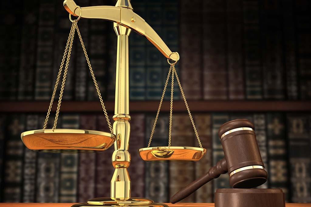 Суд отказал красноярскому юристу ввозврате денежных средств, потраченных наухаживания