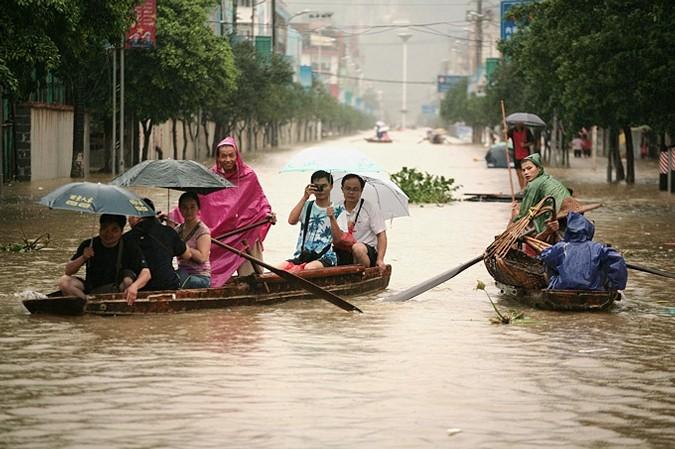 Практически  полмиллиона человек эвакуированы наюго-востоке Китая