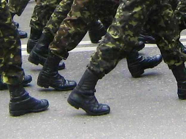 Тюменского солдата-срочника, сбежавшего извоинской части, отыскали вкино