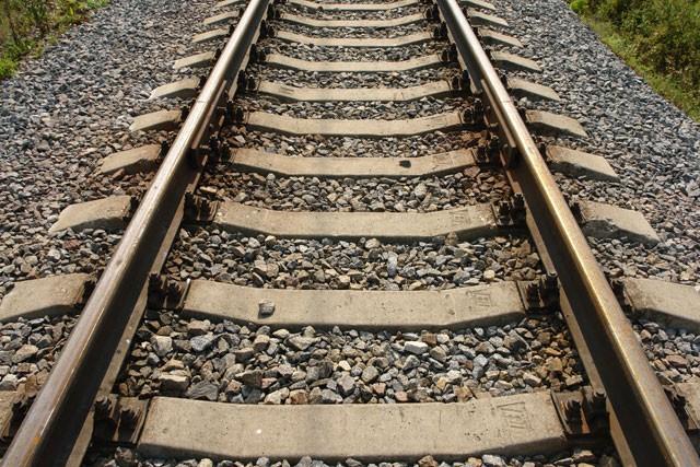 Грузовой автомобиль столкнулся спассажирским поездом вКрасноярском крае