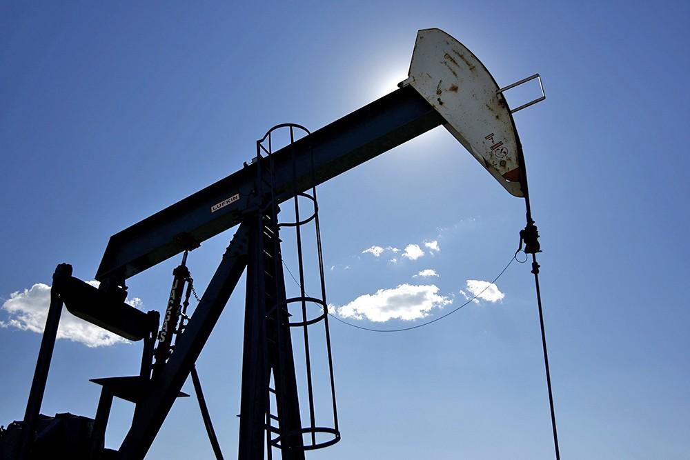 Нефть побила шоковую ценовую отметку в50 долларов забаррель