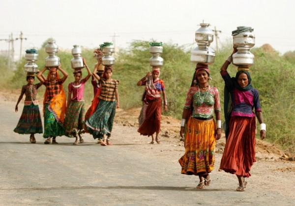 Миллионы африканских женщин находятся в «водяном рабстве»
