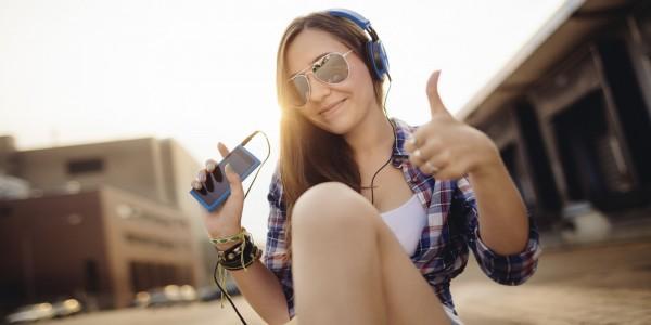 У четверти современных тинейджеров выявлены нарушения слуха