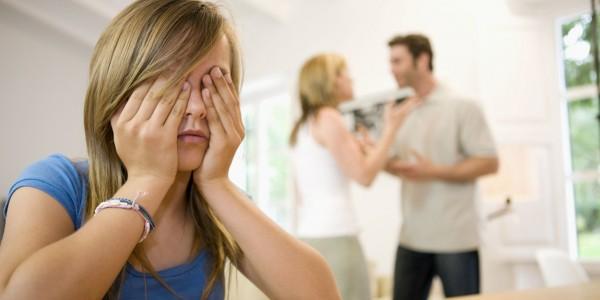 Учёные: Насилие в семье может подтолкнуть ребенка к самоубийству