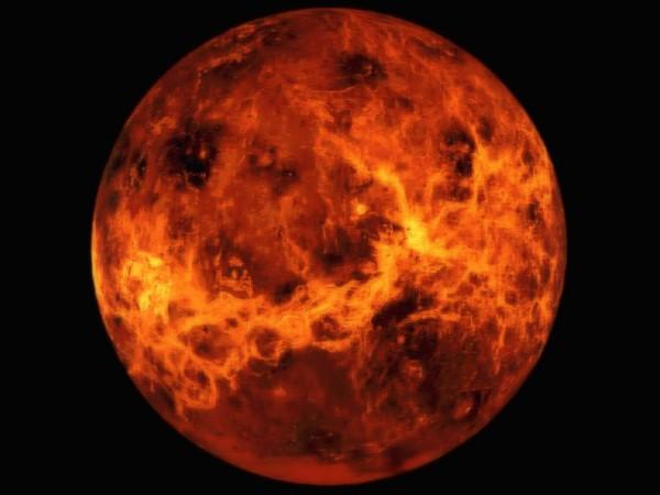 """Загадка Венеры решена: планету иссушил """"электрический ветер"""""""