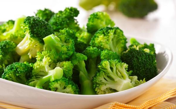 Ученые: Употребление брокколи снижает риск развития рака