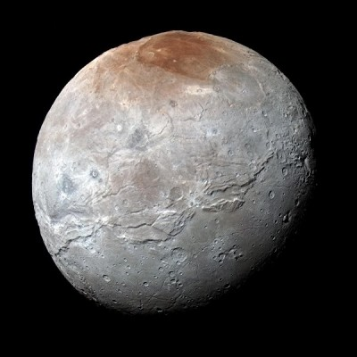 Астрономы обнаружили графит на Цецере и Хароне