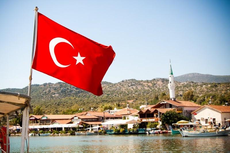 До конца нынешнего года в Турции побывает не менее 750 тысяч граждан РФ