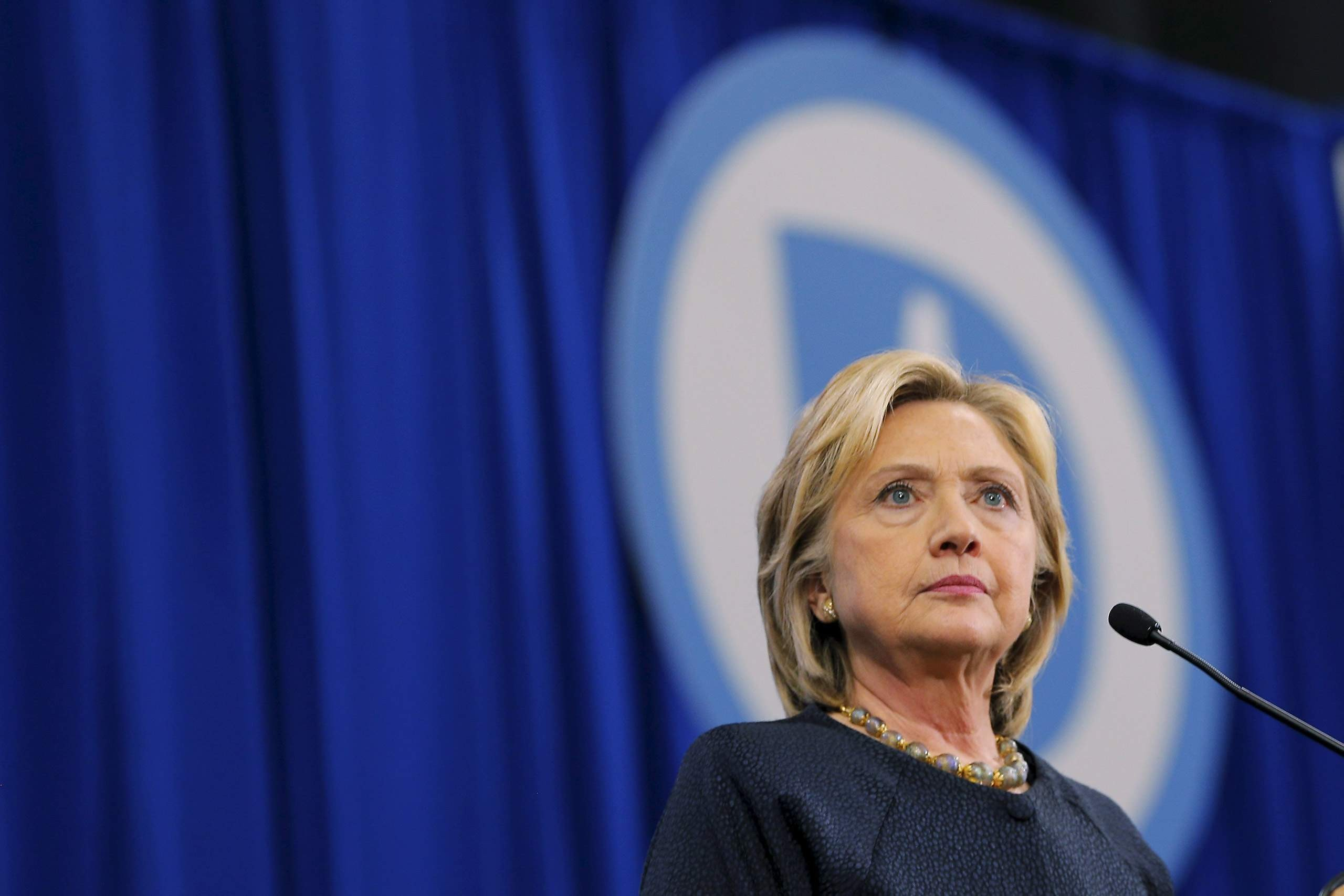 Госдеп возобновит расследование— Почтовый скандал Клинтон