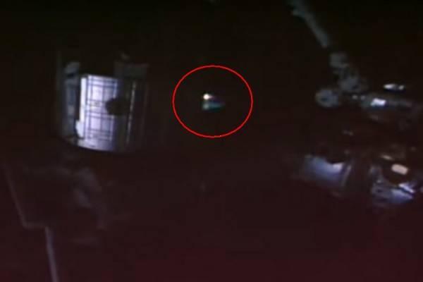 Стало известно, что заНЛО удалось снять камере МКС