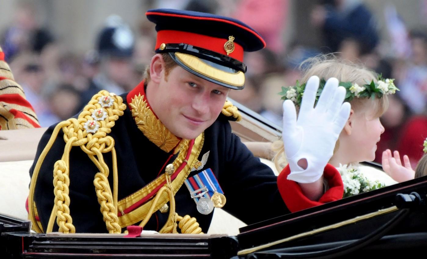 Принц Гарри в прямом эфире сдал тест на ВИЧ