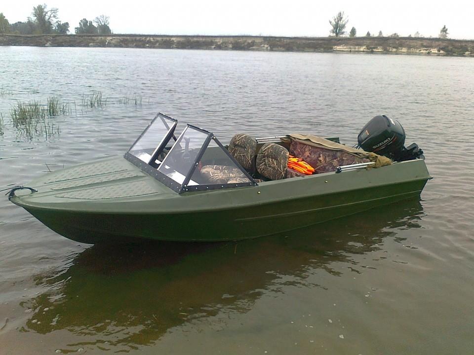 ВВолгограде моторная лодка разбилась окатер, есть пострадавшие