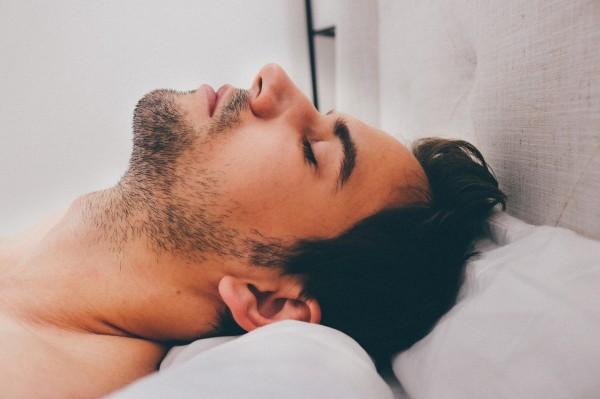 Ученые: Расстройства сна у мужчин провоцирует диабет