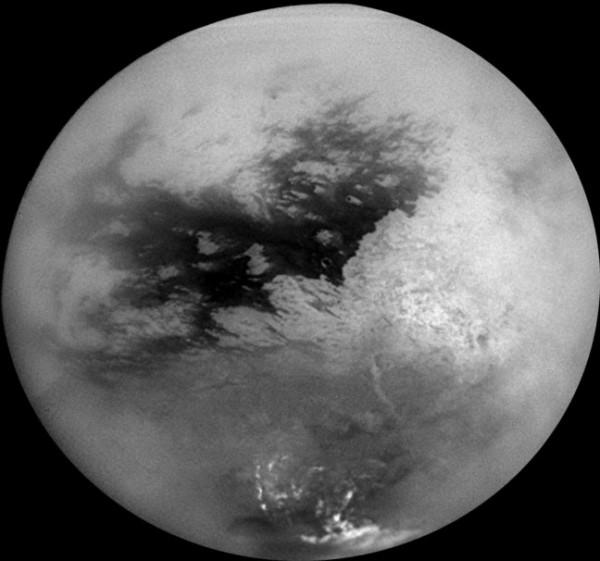 Ученые: На спутнике Сатурна может быть жизнь