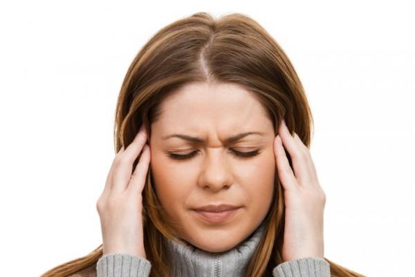Ученые: Эмоциональное насилие в детстве способствует появлению мигрени