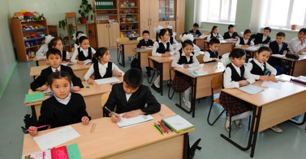 Главные новости: дети Казахстана вместе с аттестатами получают серьезные заболевания