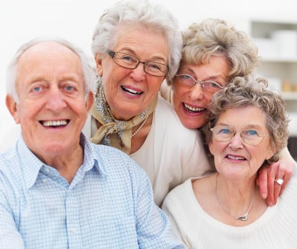 Ученые: Пожилым мужчинам не следует думать об отцовстве