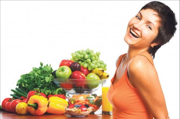 Ученые: Овощи и фрукты делают человека счастливее