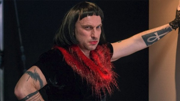 Нагиев примерил образ эффектной брюнетки на съемках сериала