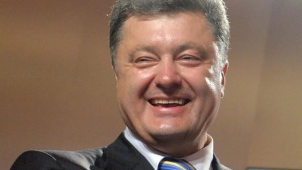 Порошенко предложили ужесточить правила въезда для россиян