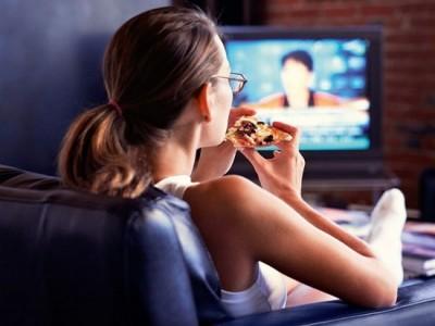 Ученые назвали главную опасность для здоровья от просмотра телевизора