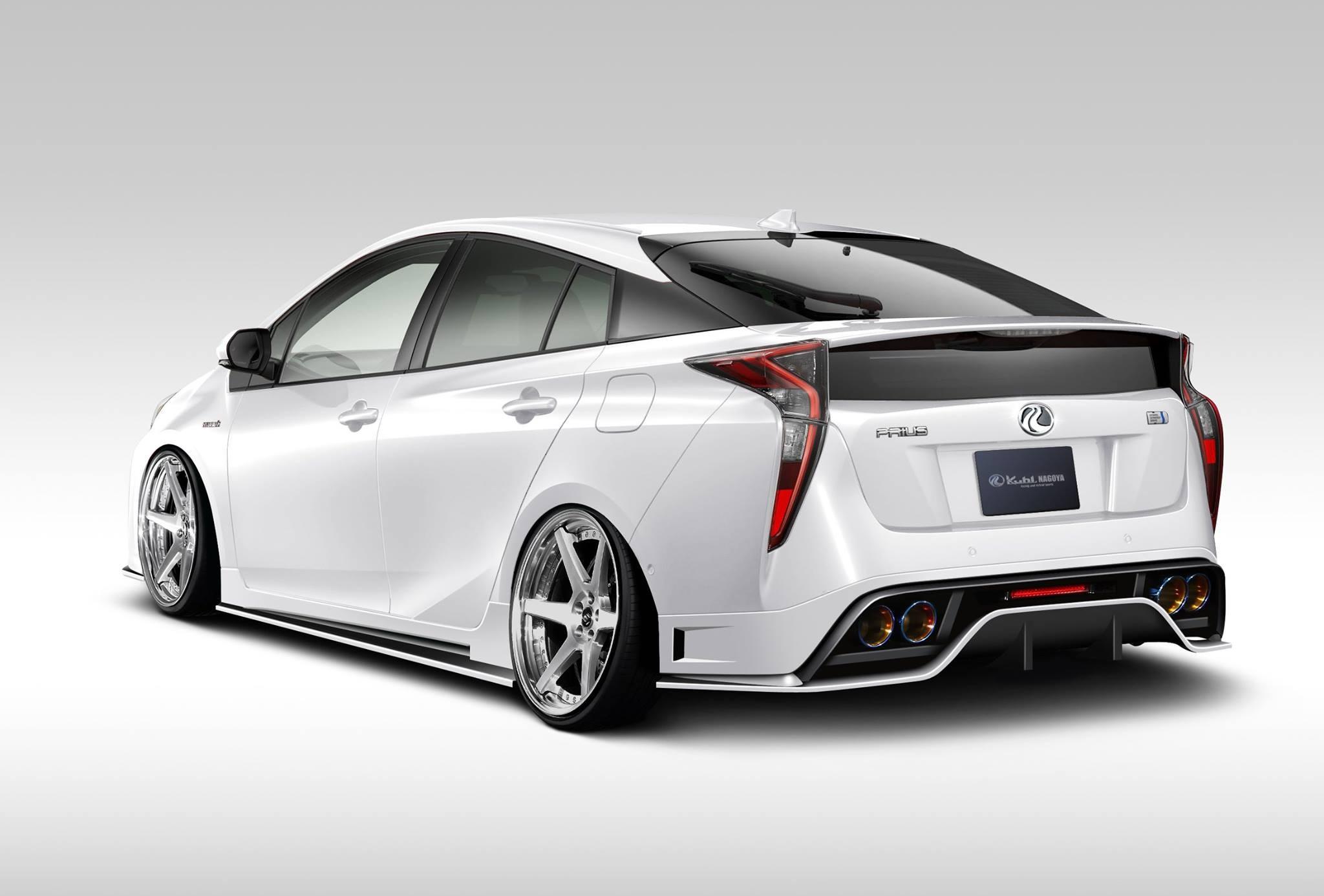 Тойота отложила выпуск нового плагин-гибрида Prius Prime назиму