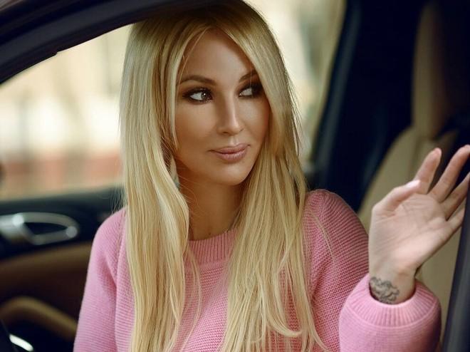 Лера Кудрявцева сообщила ожелании уменьшить грудь