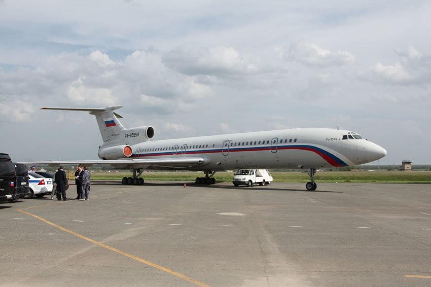 Ваэропорту Самары самолет поломал взлетную полосу