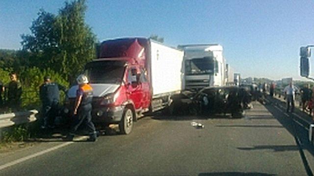 Массовая авария под Рязанью унесла жизнь одного человека