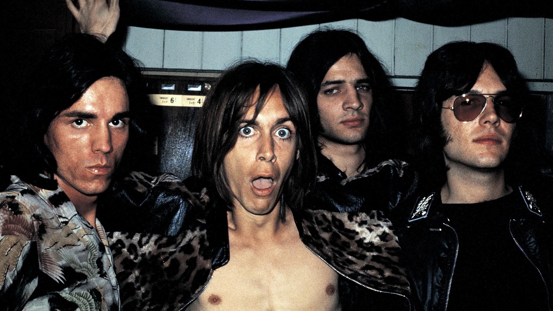 Джим Джармуш признался в слабости лучшей группе завсю историю рок-н-ролла