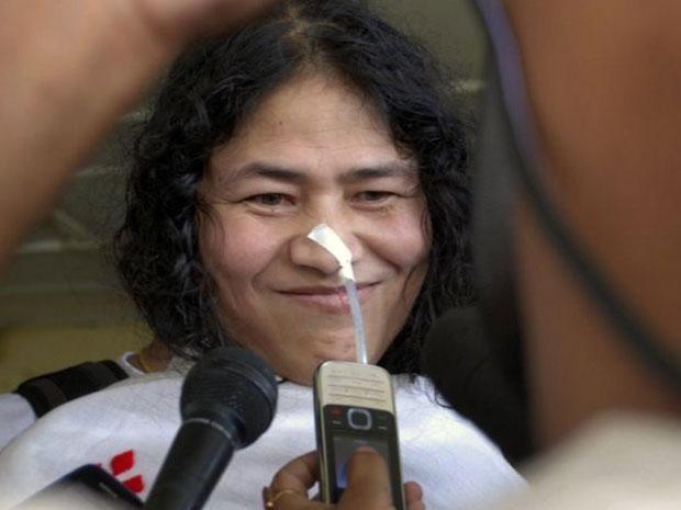 ВИндии политическая активистка завершает свою 16-летнюю голодовку
