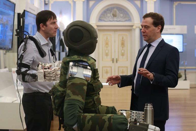 Кконцу текущего года в РФ введут ГОСТ для роботов