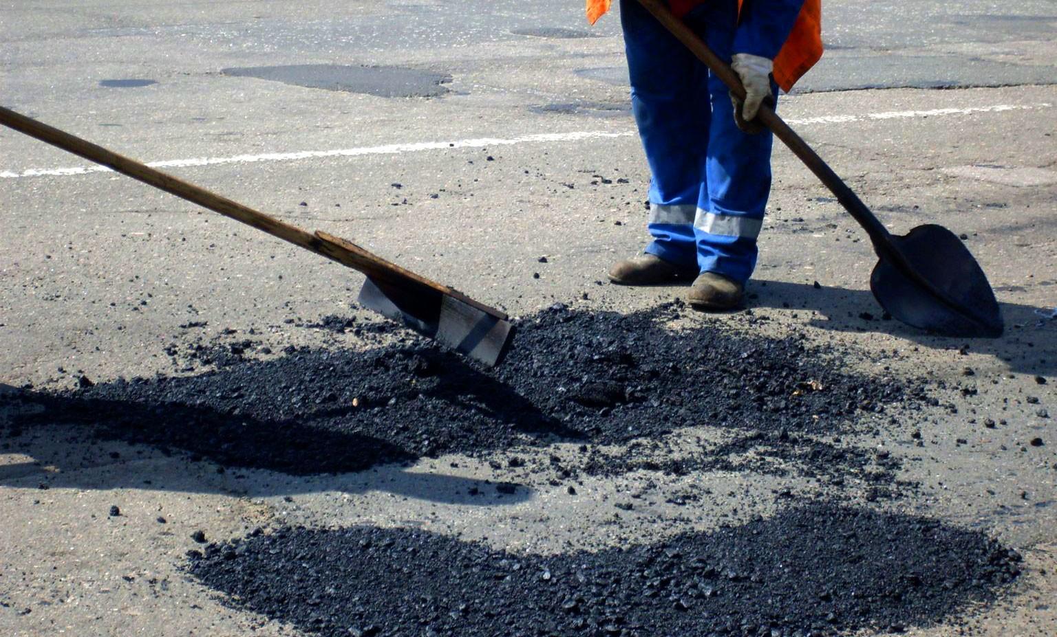 ВРосавтодоре рассказали, что предпосылкой износа дорог в РФ является интенсивное движение
